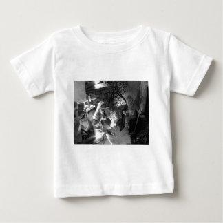 Escena de la natividad del navidad con las camiseta de bebé