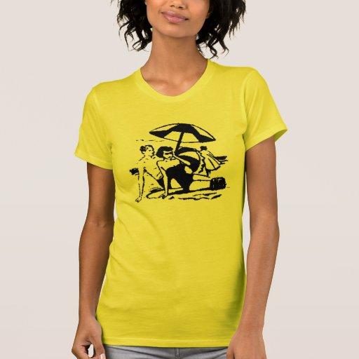 Escena de la playa del vintage camisetas