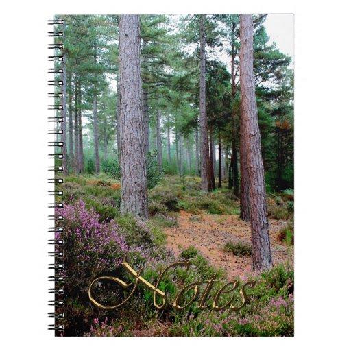 Escena del bosque de Hampshire Inglaterra del brez Libretas Espirales