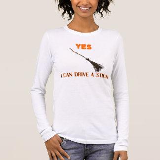 Escoba divertida de la camiseta de la camiseta de