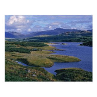 Escocia, montaña, Wester Ross, lago Garry. Postal