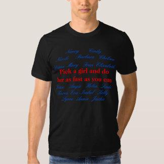 Escoja a un chica y hágala tan rápidamente como camiseta