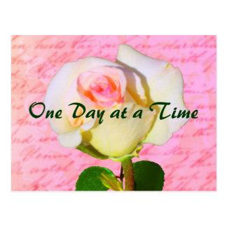 Escrito con ODAT color de rosa Postal