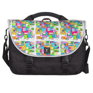 Escritorios sucios bolsas para portatil