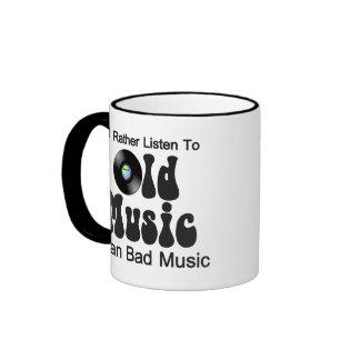 Escucharía bastante la vieja música que mala taza de dos colores