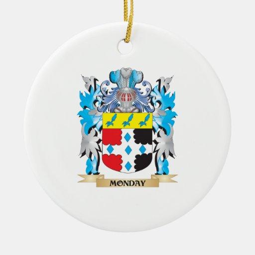 Escudo de armas de lunes - escudo de la familia ornamentos de reyes magos