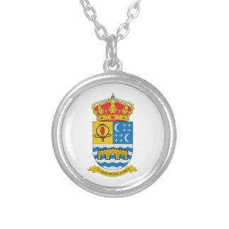 Escudo de armas de Quentar (España) Collar Plateado