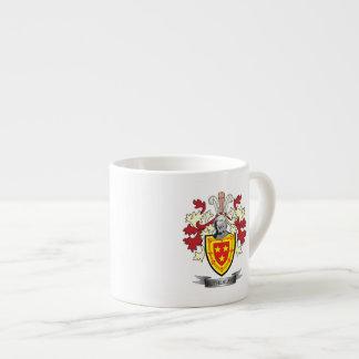 Escudo de armas del escudo de la familia de taza de espresso