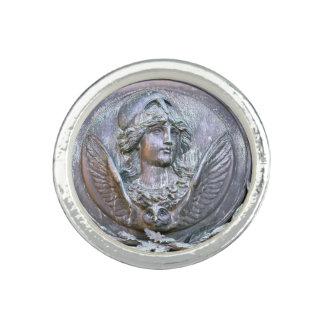 Escudo de Athena Anillo