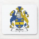 Escudo de la familia de Skelton Tapetes De Ratón