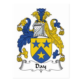 Escudo de la familia del día postales