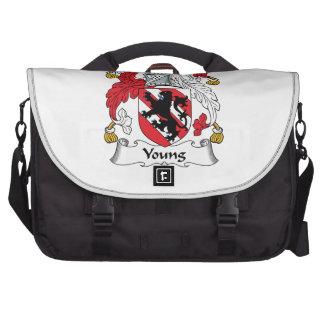 Escudo joven de la familia bolsas de ordenador