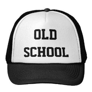 Escuela vieja gorros