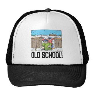 Escuela vieja gorros bordados