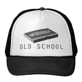 Escuela vieja VHS Gorras