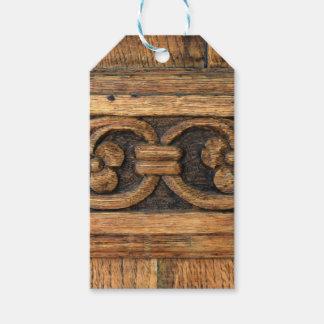 escultura de madera del panel etiquetas para regalos