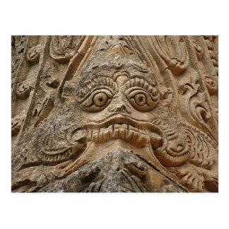 Escultura del templo postal