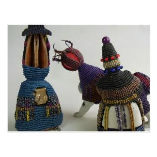 Esculturas anudadas de la porcelana postal