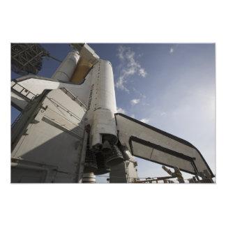 Esfuerzo del transbordador espacial en la platafor fotografia
