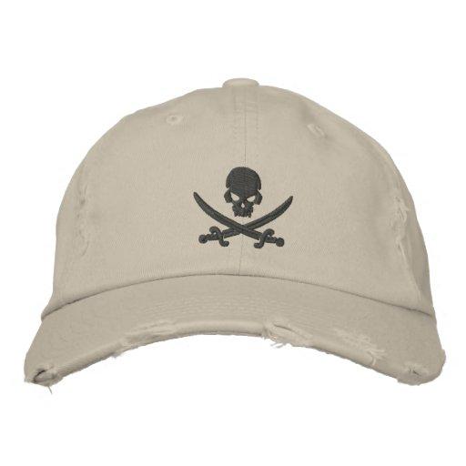 Espadas del cráneo del pirata gorra de beisbol
