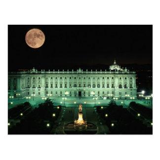 España, Madrid, Royal Palace y plaza de Postal
