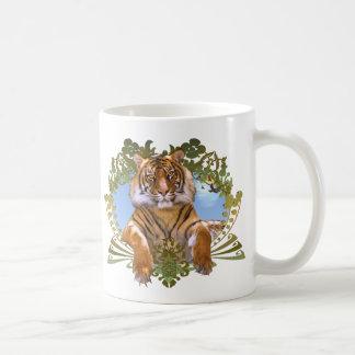 Especie en peligro escudo del tigre taza de café