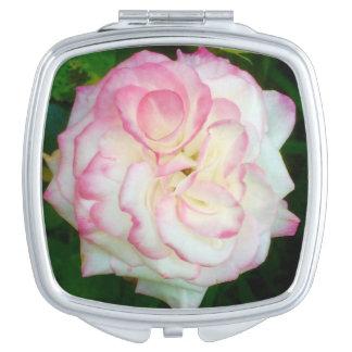 Espejo compacto color de rosa