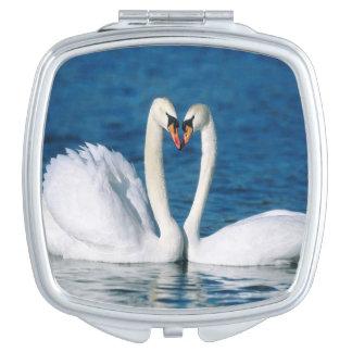 Espejo compacto cuadrado del cisne