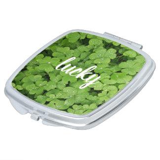 Espejo compacto natural del verde afortunado del