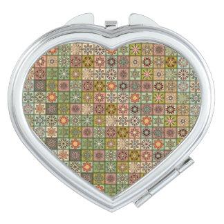 Espejos Maquillaje Remiendo del vintage con los elementos florales de