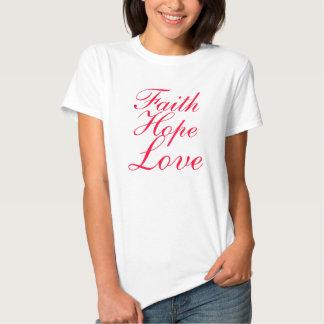 Esperanza y amor de la fe en camiseta de la