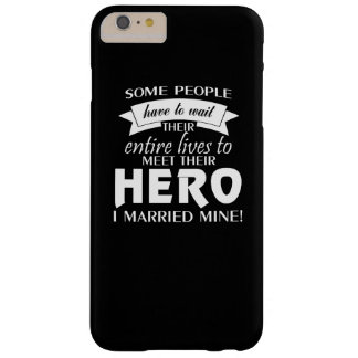 Esposa militar funda para iPhone 6 plus barely there
