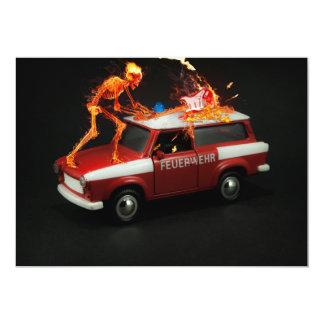 Esqueleto del coche de bomberos invitación 12,7 x 17,8 cm