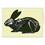 esqueleto del conejo tarjeta de felicitación