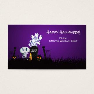 Esqueleto y fantasmas lindos fantasmagóricos del tarjeta de negocios