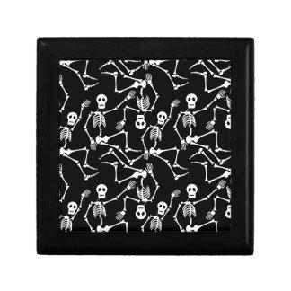 Esqueletos del baile joyero