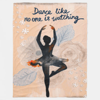 Esquile a la bailarina del baile de la manta