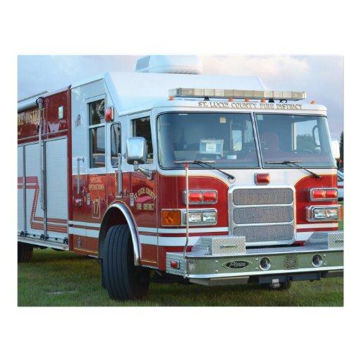 Esquina delantera del diseño del bombero del coche tarjetón