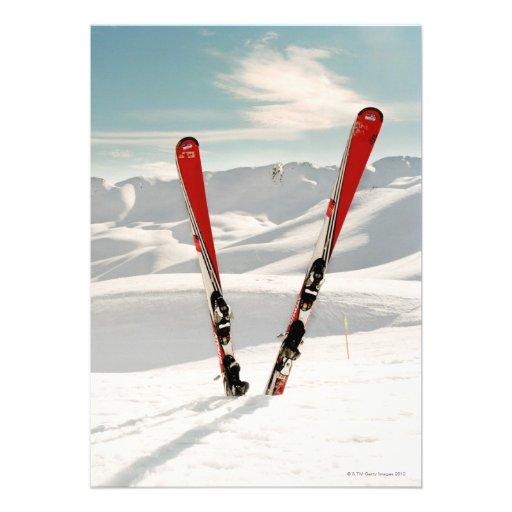 Esquís rojos invitación personalizada