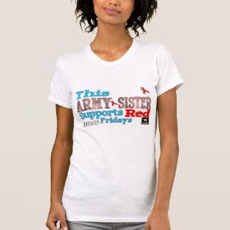 Esta hermana del EJÉRCITO lleva rojo Camiseta
