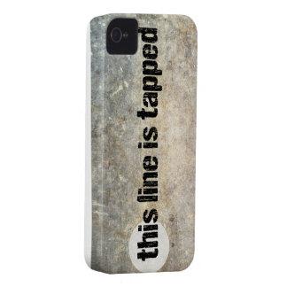 esta línea es 4ta caja golpeada ligeramente del Case-Mate iPhone 4 protector