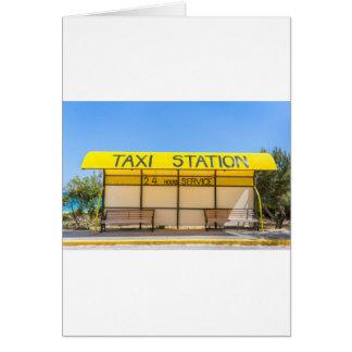 Estación amarilla del taxi en la costa en Grecia Tarjeta De Felicitación