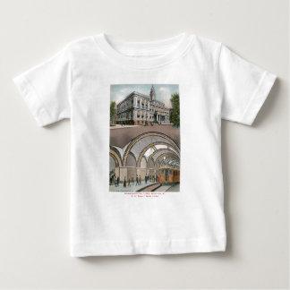 Estación subterráneo del lazo en ayuntamiento, camisas