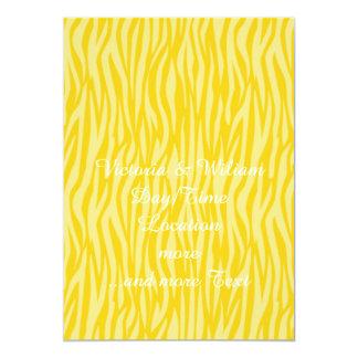 estampado de animales abstracto, amarillo invitación 12,7 x 17,8 cm