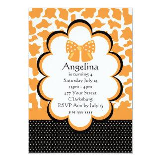 Estampado de animales anaranjado de la jirafa invitación 12,7 x 17,8 cm