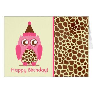 Estampado de girafa y tarjeta de cumpleaños rosada