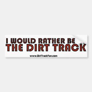 Estaría bastante en la pista de tierra pegatina para coche