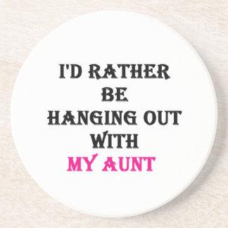 Estaría colgando bastante hacia fuera con mi tía posavasos diseño