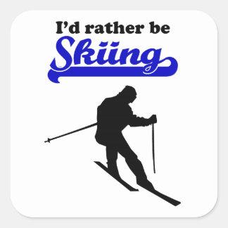 Estaría esquiando bastante pegatinas cuadradases