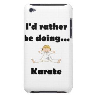 Estaría haciendo bastante karate barely there iPod protectores